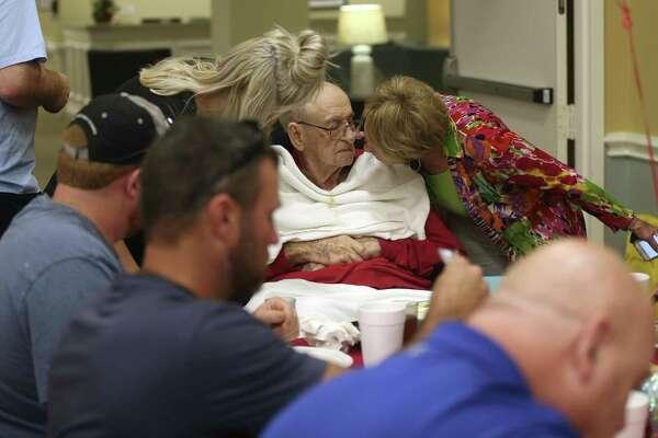 One of the last living Pearl Harbor veterans dies in San Antonio at 100