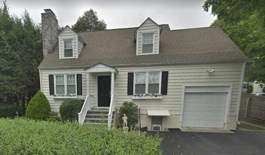 29 Talbot Lane in Greenwich sold for $800,000. Photo: Google Street View