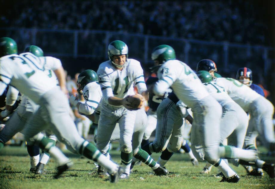 25. Norm Van Brocklin Teams: Los Angeles Rams (1949-57), Philadelphia Eagles (1958-60) Photo: Bettmann