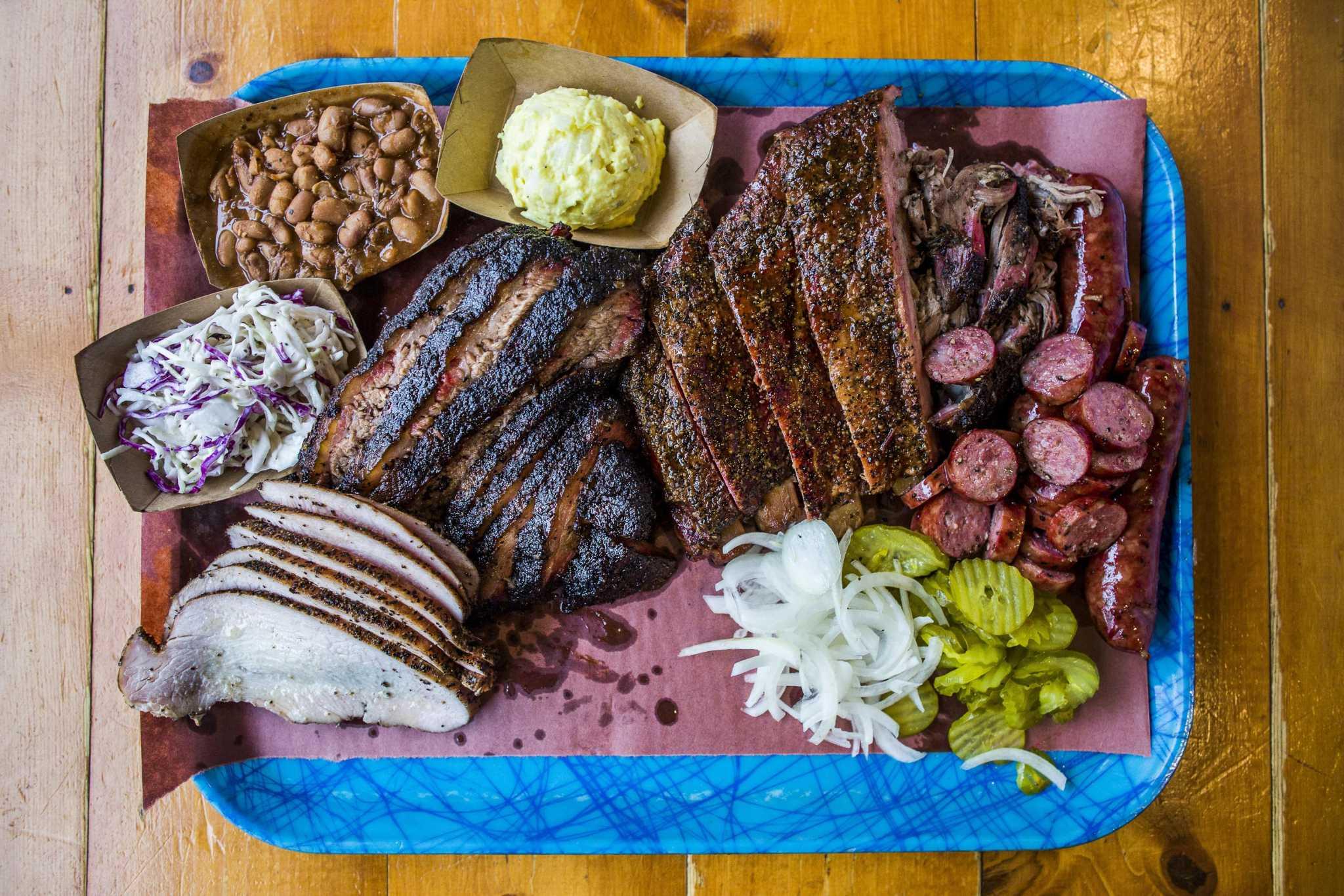 The fundamentals of barbecue-line etiquette