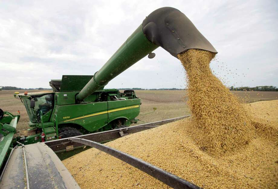 It shouldn't have been hard to predict that Trumponomics would be bad for farmers. Trump's desire for a trade war was out in the open from the beginning and a trade war was bound to hurt farm exports. Did anyone really imagine that China, an economic superpower with its own fierce nationalism, wouldn't retaliate against U.S. tariffs? Photo: Michael Conroy /Associated Press / Copyright 2019 The Associated Press. All rights reserved.