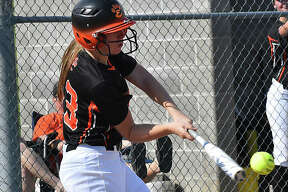 Edwardsville softball at Alton on Thursday.