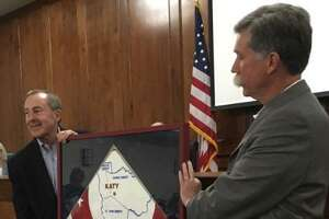 Katy Mayor Pro Tem Durran Dowdle presented a plaque in appreciation of former Chuck Brawner's service as mayor since 2017. Before becoming mayor, Brawner had served in City Council since 2013.