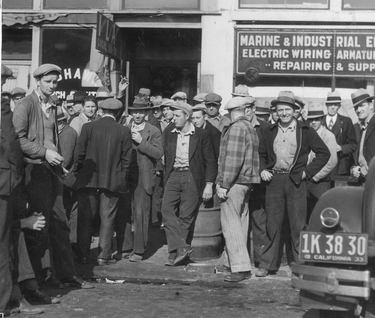 San Francisco longshoremen on strike, October 19, 1933