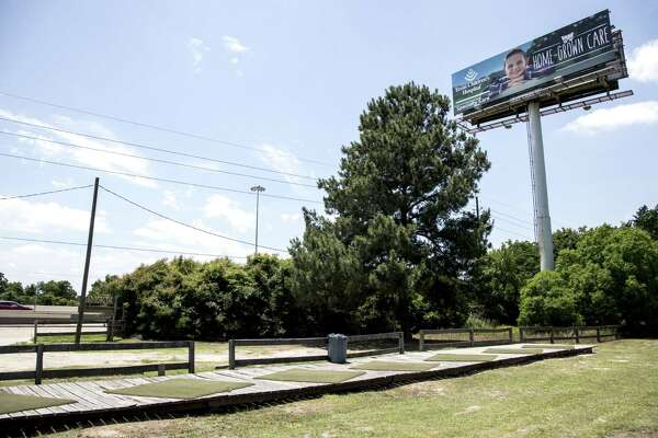 Lawmakers set to boost height limit on billboards to 60 feet