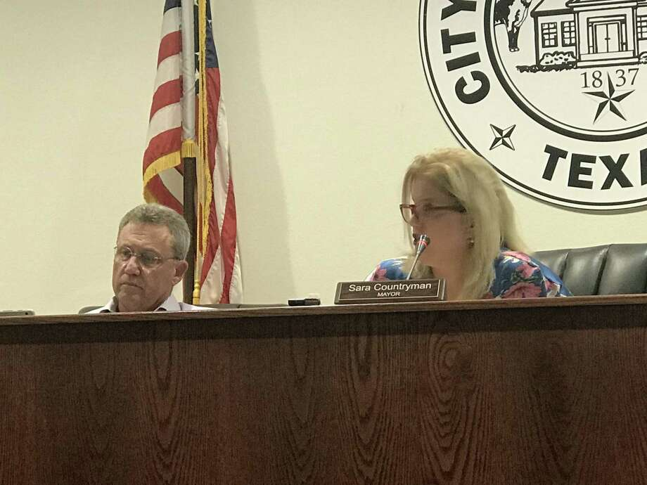 The Montgomery City council tabled a discussion regarding unpaved parking lot requirements on Tuesday. The item is expected to reappear before the council by the fourth Tuesday in June. Photo: Meagan Ellsworth / Meagan Ellsworth