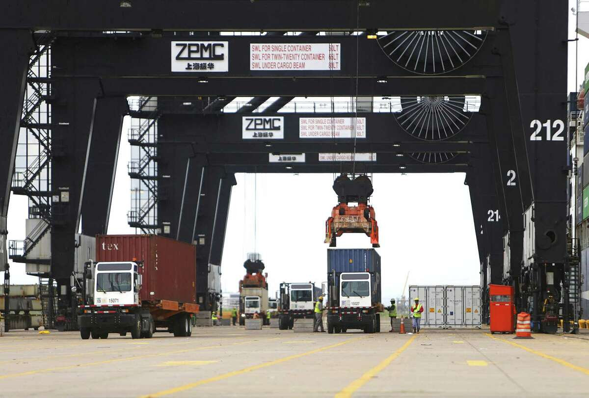 Cargo moves through the Bayport Container Terminal during a tour of the Houston Ship Channel, Wednesday, Aug. 17, 2016, in Houston. ( Mark Mulligan / Houston Chronicle )