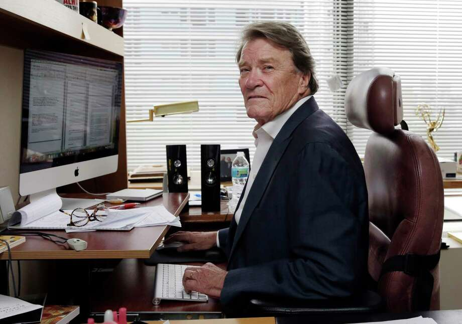 "FILE - This Sept. 12, 2017 file photo shows ""60 Minutes"" correspondent Steve Kroft in his office in New York. CBS says Kroft, 73, will retire from the news magazine at Sunday?s season finale. (AP Photo/Richard Drew, File) Photo: Richard Drew / AP"