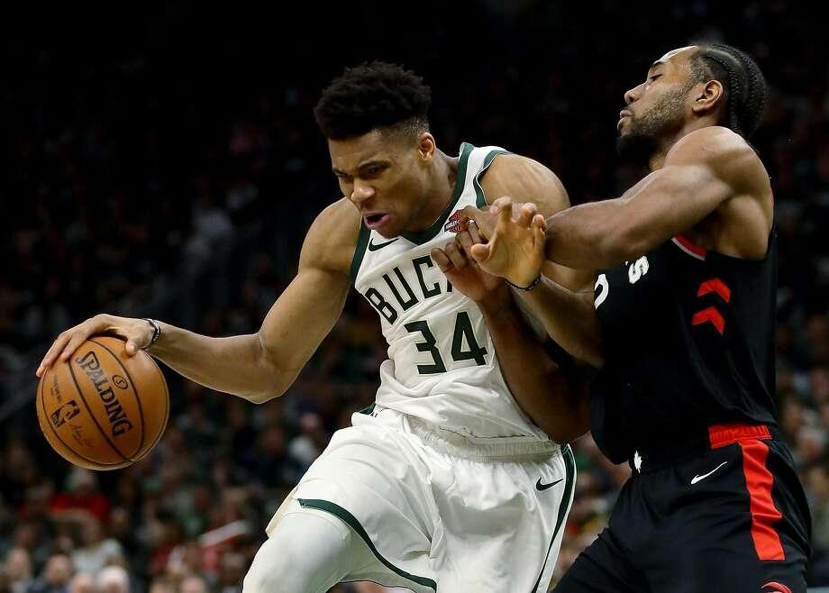 Bucks rout Raptors, take 2-0 lead in NBA East finals