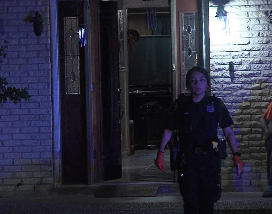 San Antonio police investigate a shooting on the East Side Saturday morning, May 18, 2019. Photo: 21 Pro Video