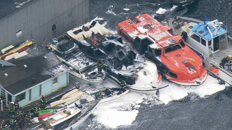 3 vessels damaged in smoky fire along Seattle's Lake Union