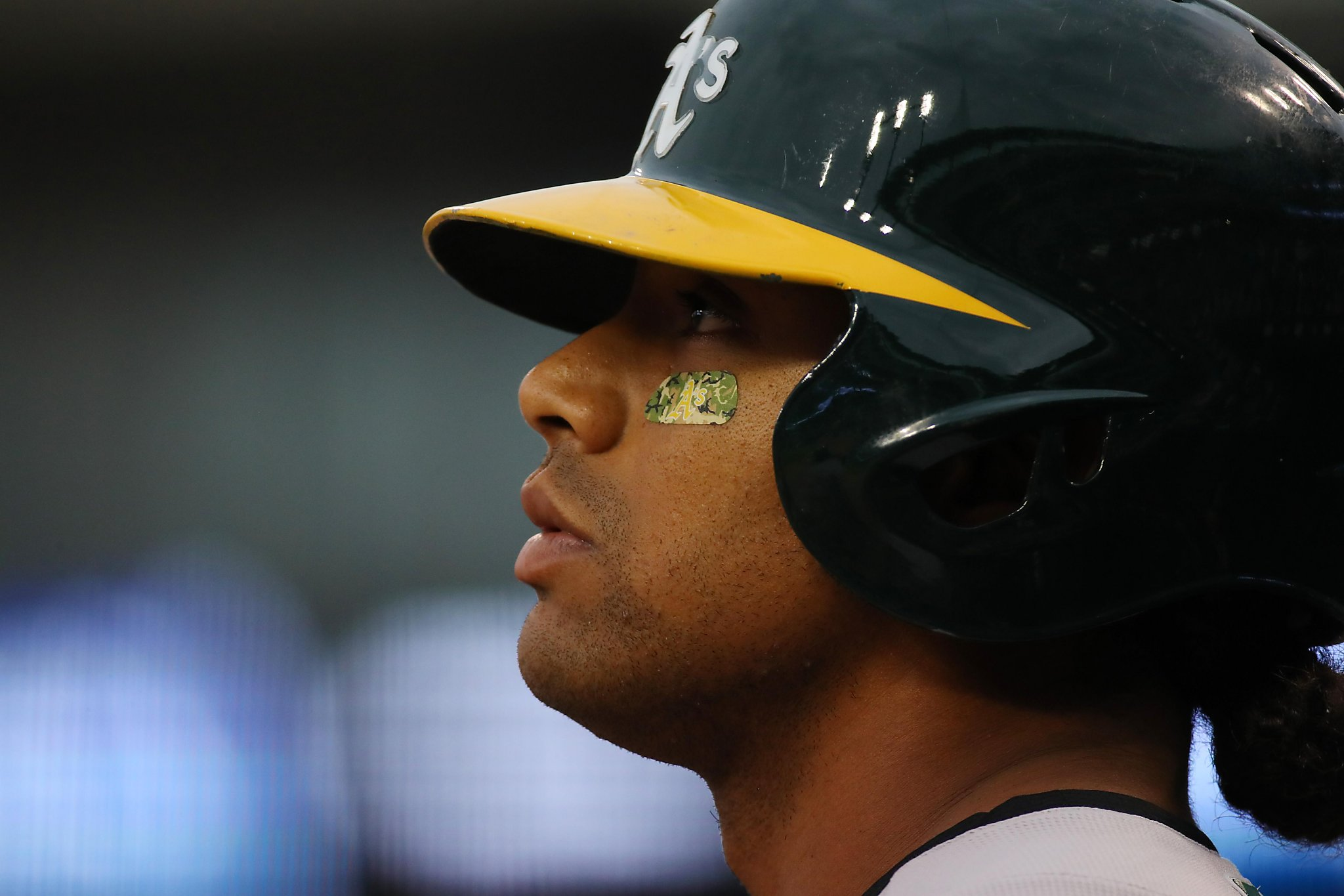 A's Khris Davis scratched with hip soreness