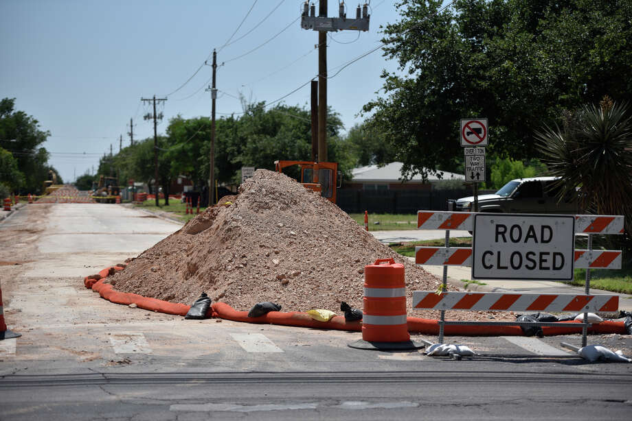 A stretch of Cuthbert Ave. between Andrews Highway and Garfield is closed for a water line replacement project, photographed May 17, 2019. James Durbin/Reporter-Telegram Photo: James Durbin / Midland Reporter-Telegram / ? 2019 All Rights Reserved