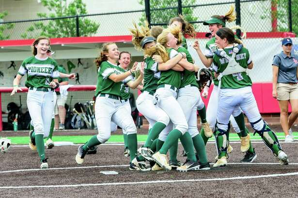 Lutheran South Academy celebrate after their win over Brook Hill during the softball TPPS State Championship, May18, 2019, in Crosby, TX. (Photos: Kim Christensen)