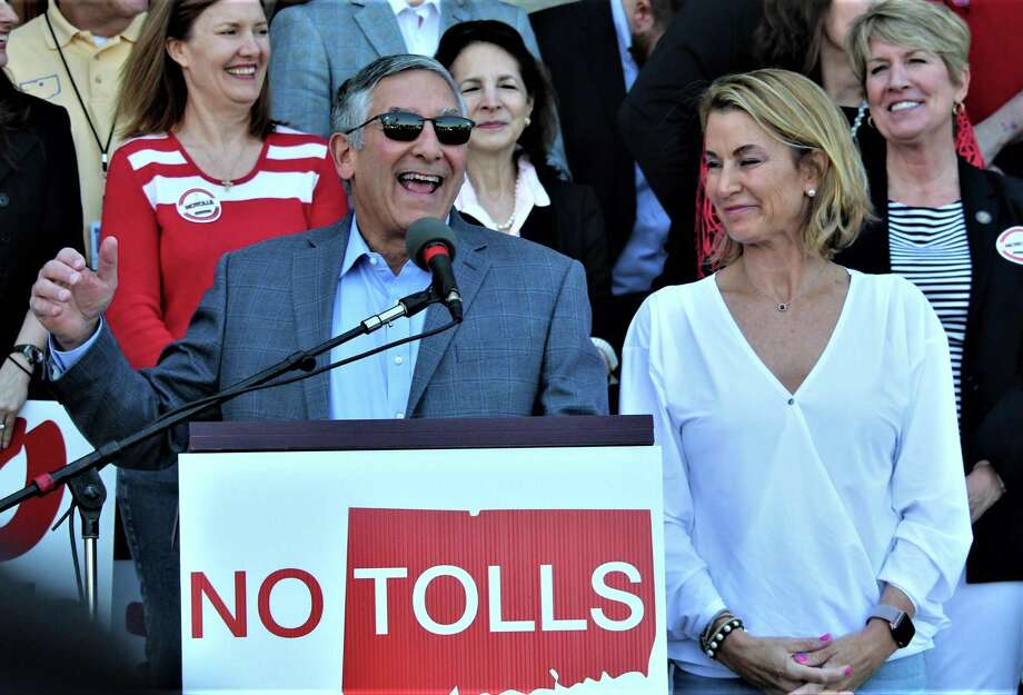 Senate GOP Leader Len Fasano, R-North Haven, and House Minority Leader Themis Klarides, R-Derby, address the crowd of more than 2,000 Saturday at the anti-toll rally in Hartford. Photo: Dan Haar / Hearst Connecticut Media