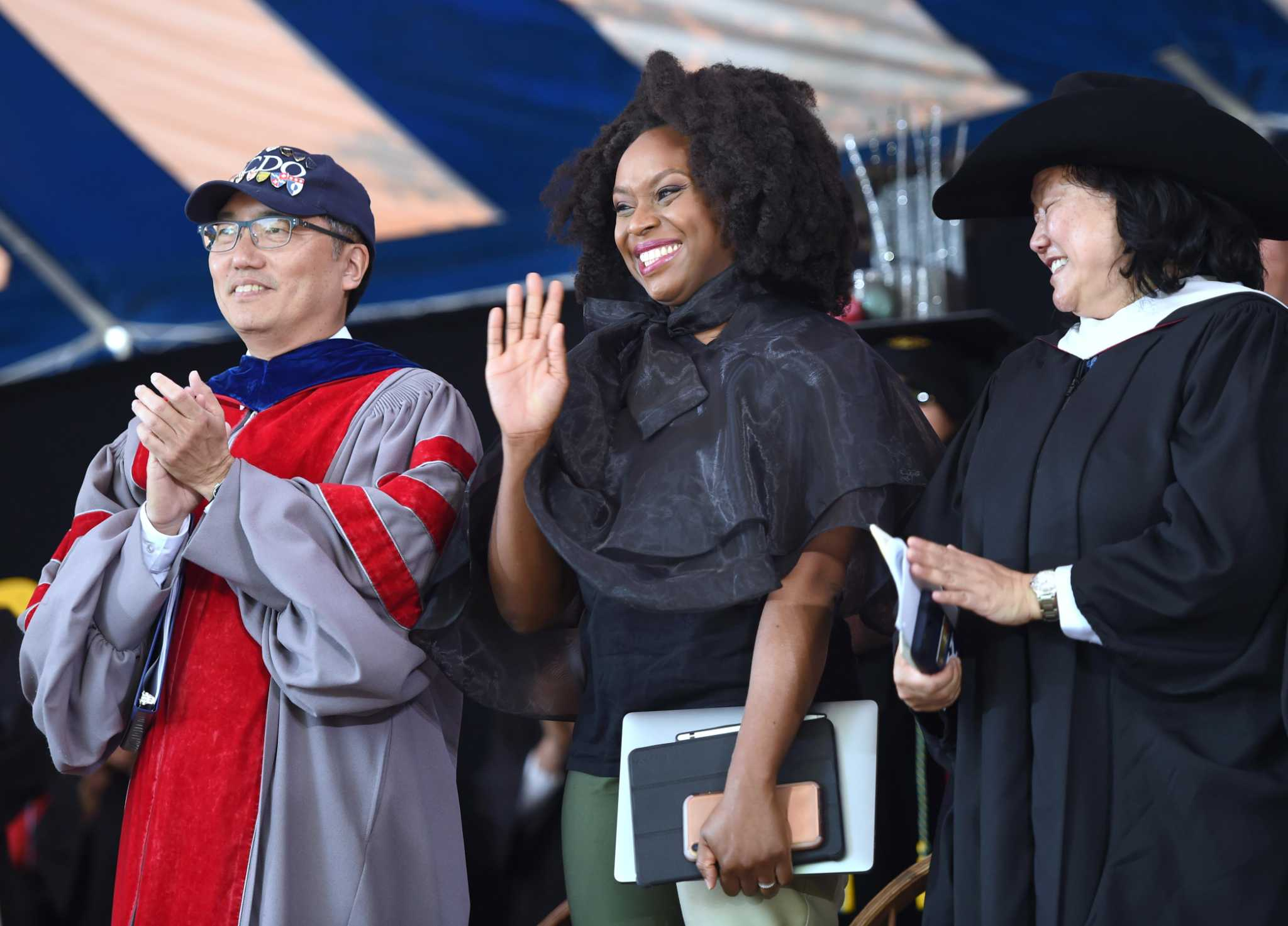 Yale class of '19 told to engage the world with courage and love