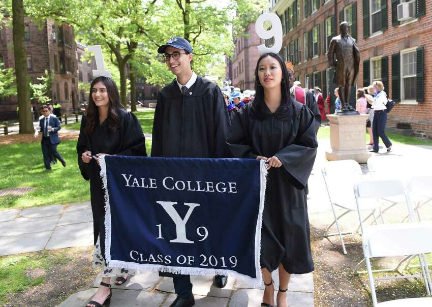 Yale University Headquarters: New Haven Employees: 15,018 Source: Forbes