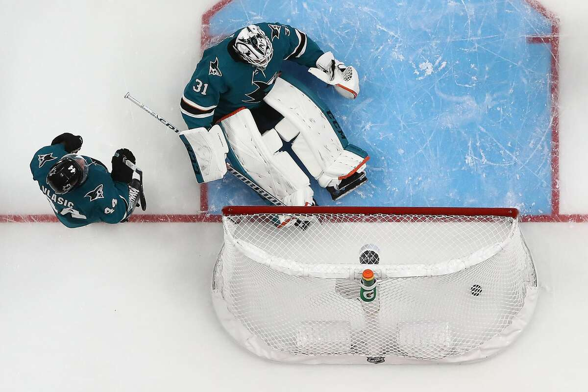 SAN JOSE, CALIFORNIA - MAY 19: Martin Jones #31 of the San Jose Sharks allows a second goal to Jaden Schwartz #17 of the St. Louis Blues in Game Five of the Western Conference Final during the 2019 NHL Stanley Cup Playoffs at SAP Center on May 19, 2019 in San Jose, California. (Photo by Ezra Shaw/Getty Images)
