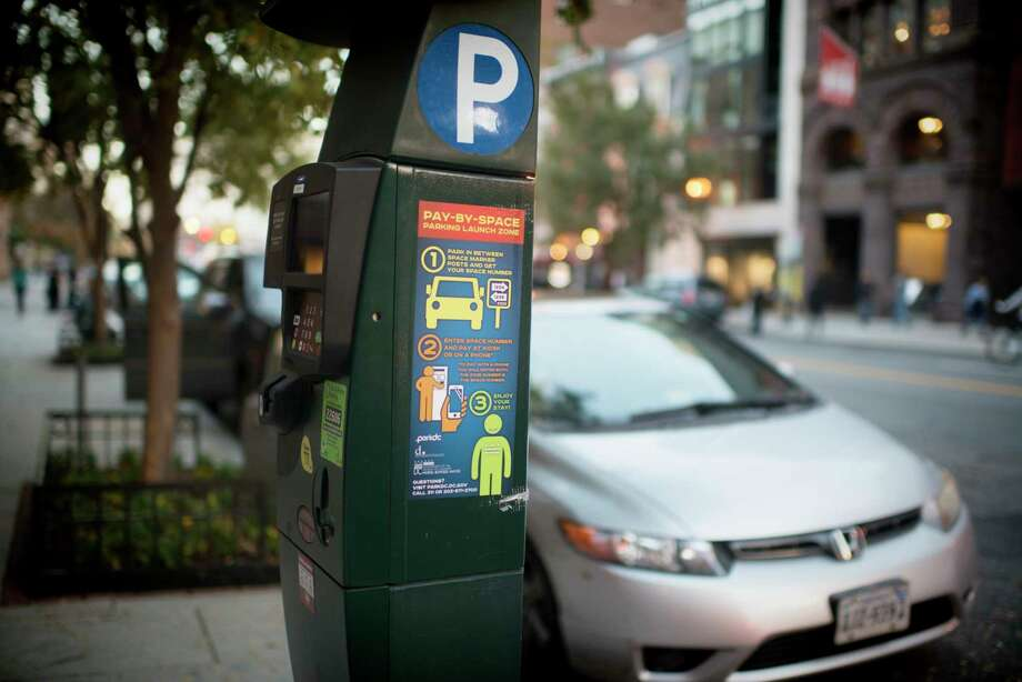 A District of Columbia parking meter. Photo: Washington Post Photo By Marvin Joseph. / The Washington Post