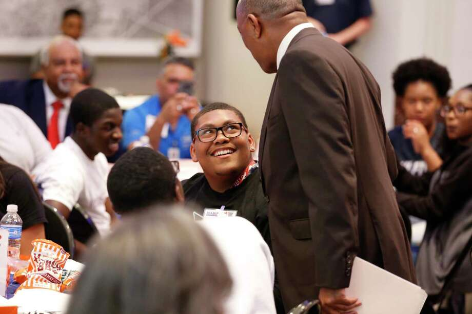 Sam Houston High School Sr., LeJuan Starghill was excited to meet Mayor Sylvester Turner as he welcomed students from high schools based in the Complete Communities neighborhoods and Houston Health Department My Brother's Keeper catchment areas and celebrated their year-long achievements in the Team Up Houston initiative Wednesday, May 15, 2019, in Houston. Photo: Steve Gonzales, Staff Photographer / © 2019 Houston Chronicle