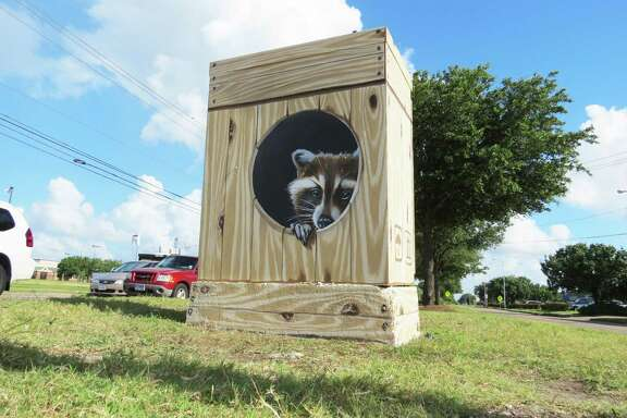 One of the Mini Murals that have appeared around Houston on traffic-light boxes.