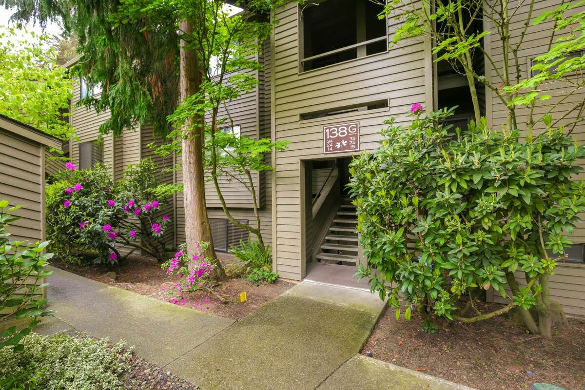 138 S.W. 116th St., listed for $265,000. See the full listing here.