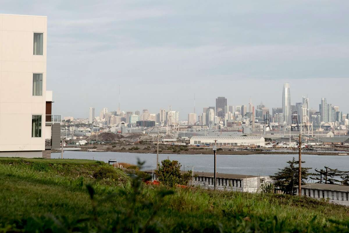 SF health official played a role in shipyard home sales