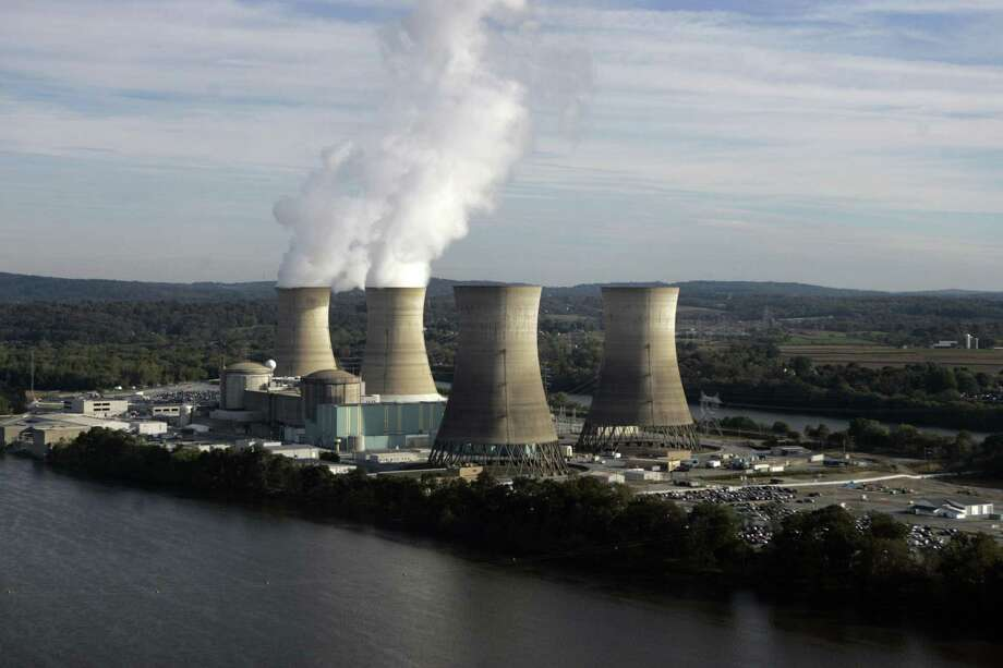 Outages of nuclear power generators averaged 2.7 gigawatts during the summer, about the same as during the summer of 2018, the Department of Energy reported. Photo: CAROLYN KASTER, STF / Associated Press / AP2005