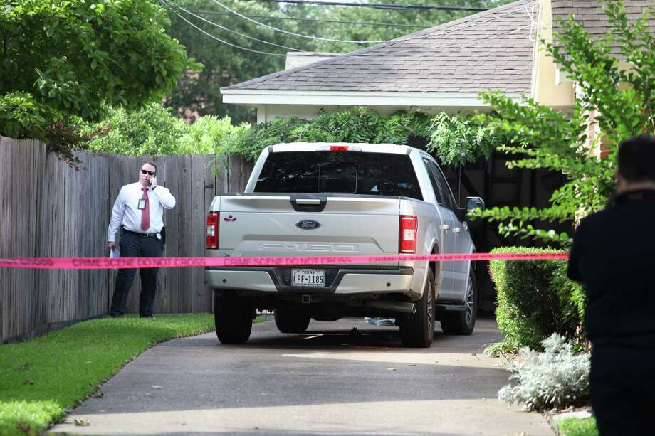 Police investigate the death of a woman found in her home on May 20, 2019, in the 8100 block of Neff Street. Photo: Nicole Hensley, Staff / Houston Chronicle