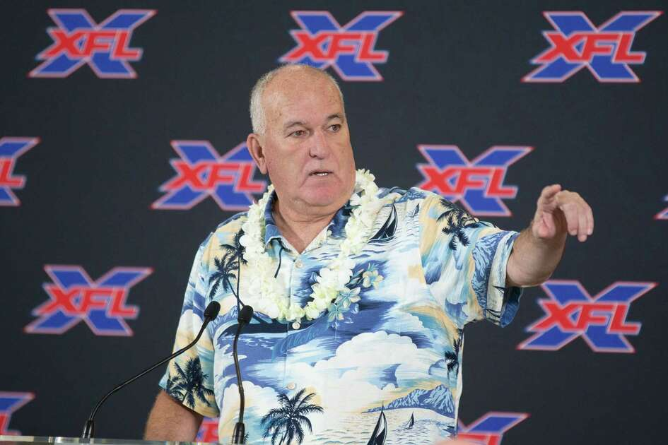 June Jones, who will serve as general manager/head coach of the Houston XFL team that begins play next year, offered a lei of the land at his introductory news conference Monday at TDECU Stadium.