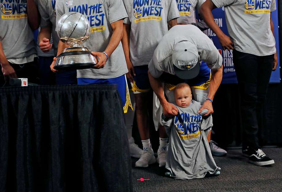 Golden State Warriors' Stephen Curry with son, Canon, after 119-117 overtime win over  Portland Trail Blazers' in NBA Western Conference Finals' Game 4 at Moda Center in Portland, Oregon on Monday, May 20, 2019. Photo: Scott Strazzante / The Chronicle
