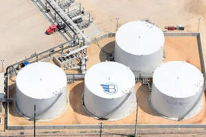 A joint venture led by Houston-based Bluewing Midstream has started construction at the Port of Brownsville to expand a project to sell gasoline and diesel to customers in Mexico.