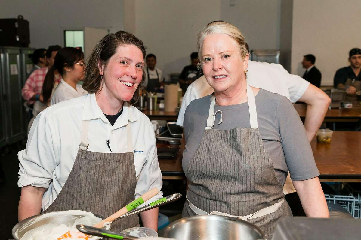 Dana Younkin and Nancy Oakes at Meals on Wheels benefit