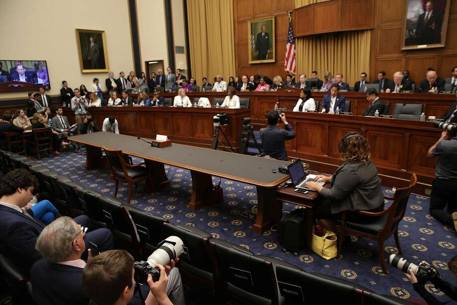 An empty seat at the witness table is seen during a House Judiciary Committee hearing in which former White House Counsel Don McGahn was subpoenaed but skipped the hearing. Photo: Alex Wong / Getty Images