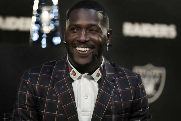 cb7d4ac51bd Antonio Brown absent from Raiders' first spring practice ...