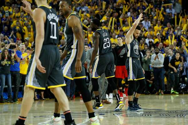 Warriors shred the West en route to finals, leaving a