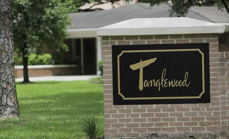 The entrance of the Tanglewood neighborhood on Tuesday, May 21, 2019 in Houston. The Tanglewood residents are suing to keep a high-rise development out of their neighborhood. Photo: Elizabeth Conley, Houston Chronicle / Staff Photographer / © 2018 Houston Chronicle