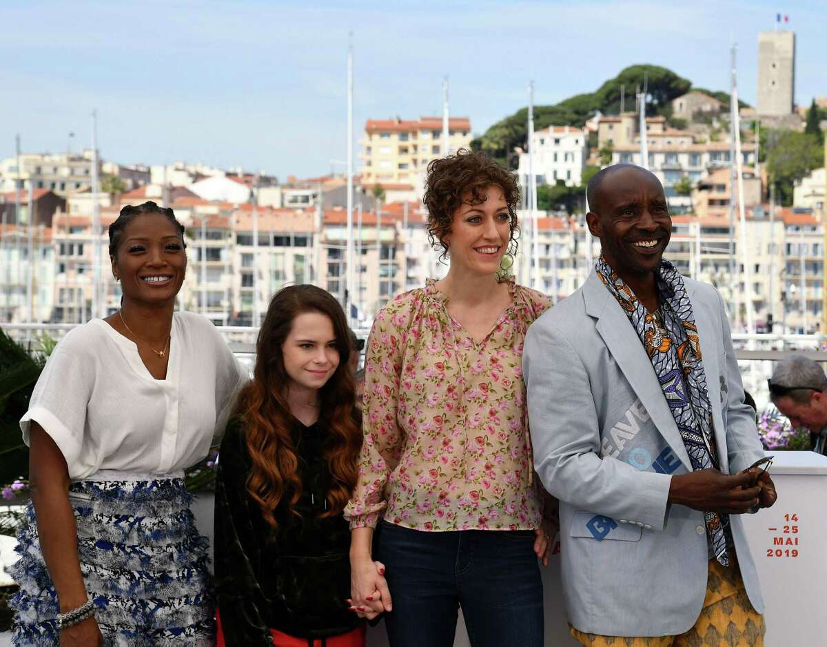"""(FromL) US actress Yolonda Ross, US actress Amber Havard, US fFilm director Annie Silverstein and US actor Rob Morgan pose during a photocall for the film """"Bull"""" at the 72nd edition of the Cannes Film Festival in Cannes, southern France, on May 16, 2019. (Photo by Alberto PIZZOLI / AFP)ALBERTO PIZZOLI/AFP/Getty Images"""