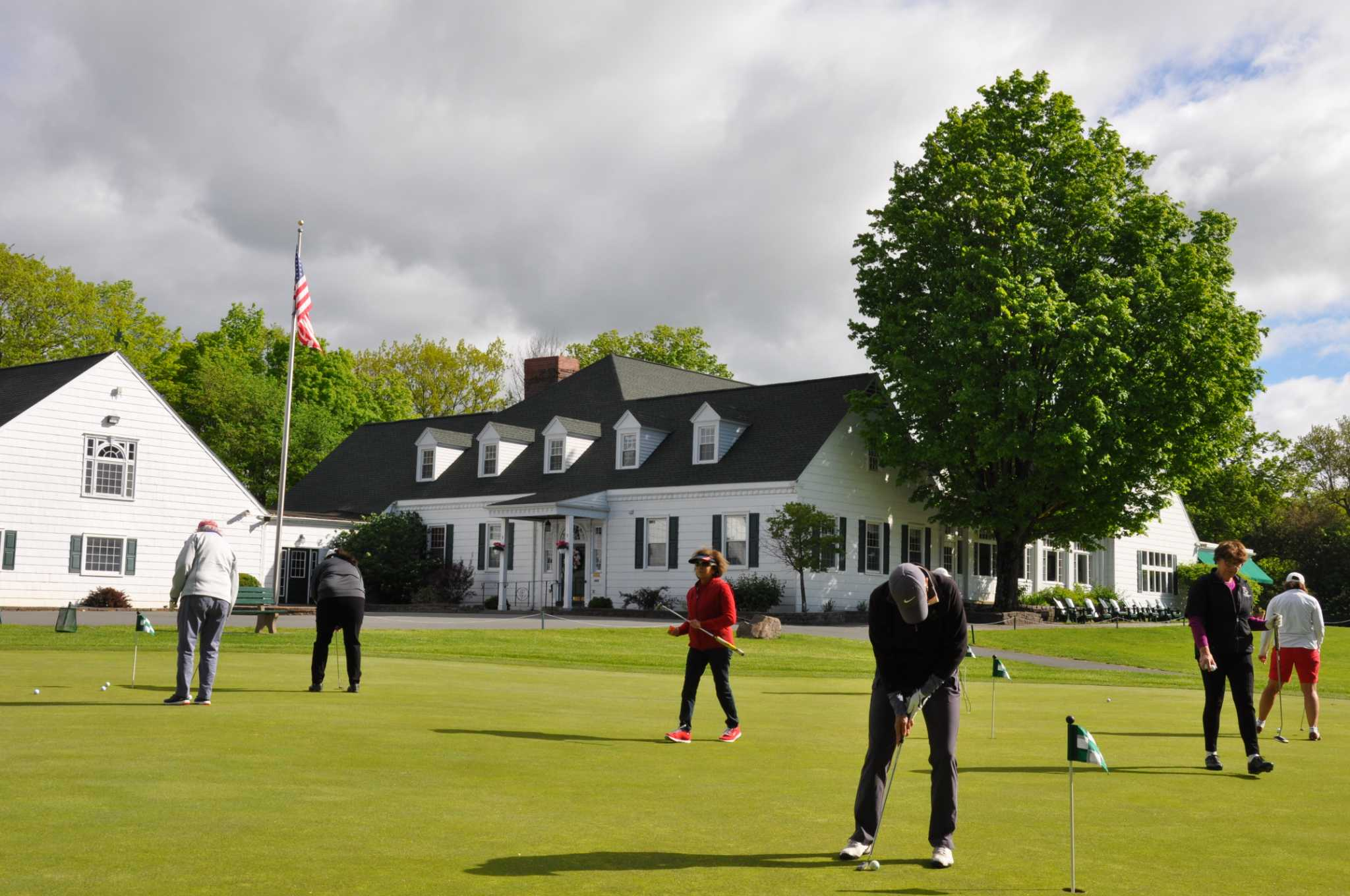 NEWGA celebrates 90th anniversary golf season