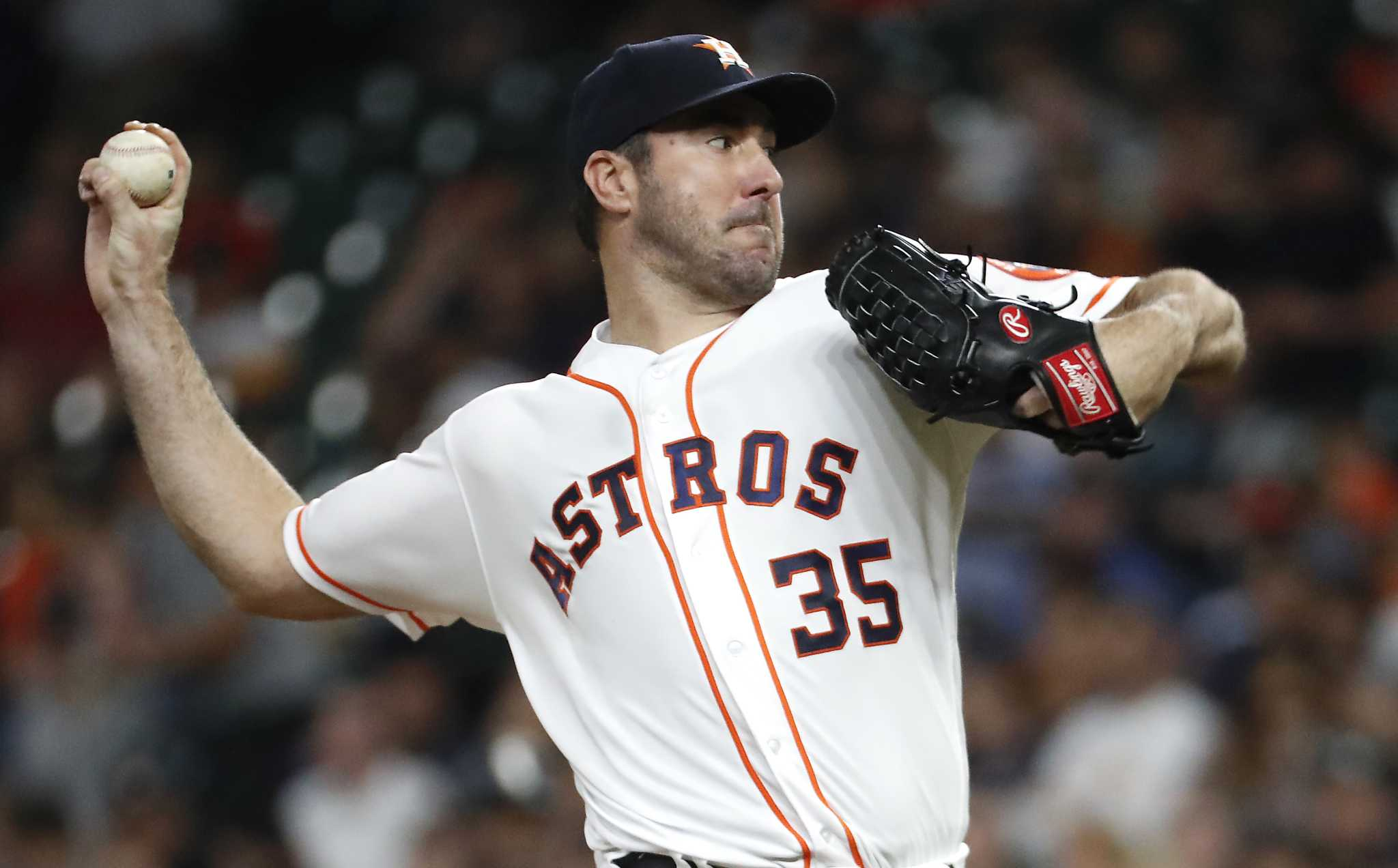 Justin Verlander dominates as Astros roll past White Sox