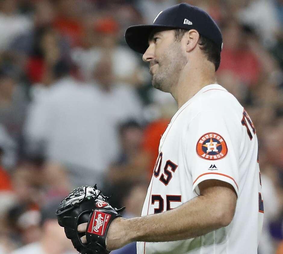 Close, but no no-no for Astros' Justin Verlander