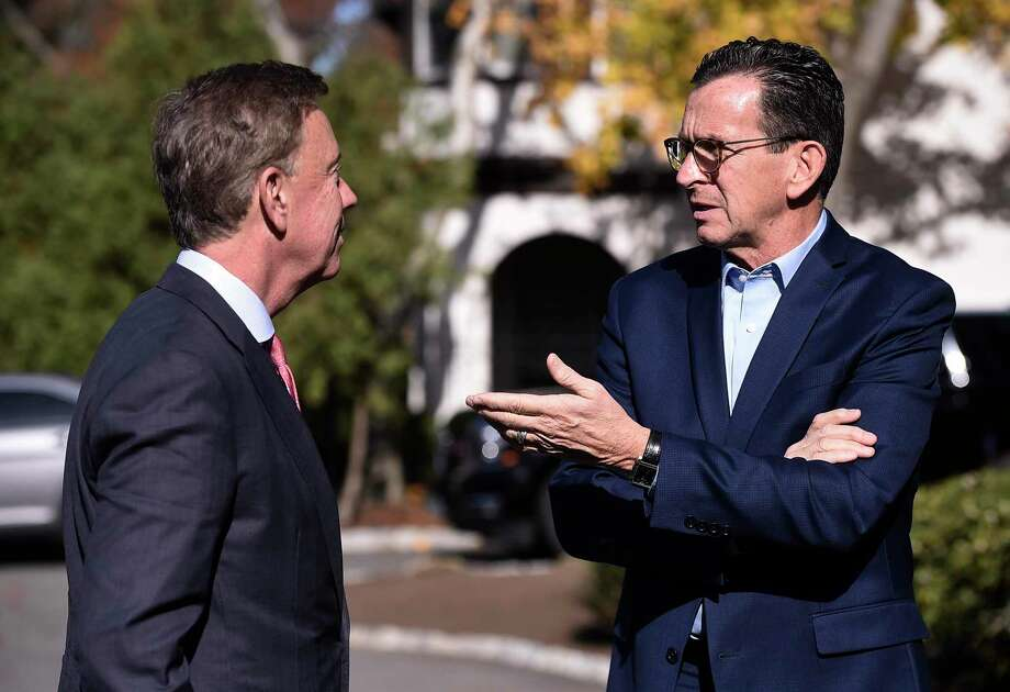 Dannel P. Malloy, right, talks with Ned Lamont at the Governor's residence for lunch in Hartford, Conn., Thursday, Nov. 8, 2018. Photo: Jessica Hill / Associated Press / Copyright 2018 The Associated Press. All rights reserved