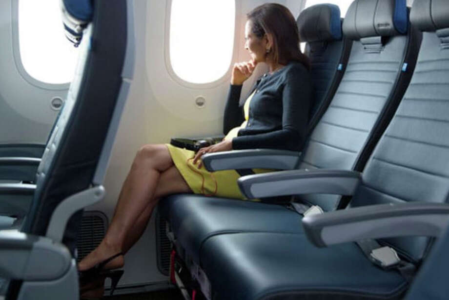 United has a short-term sale on upgrades to its extra-legroom Economy Plus seats. Photo: United