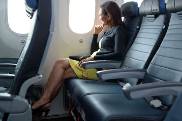 United has a short-term sale on upgrades to its extra-legroom Economy Plus seats.