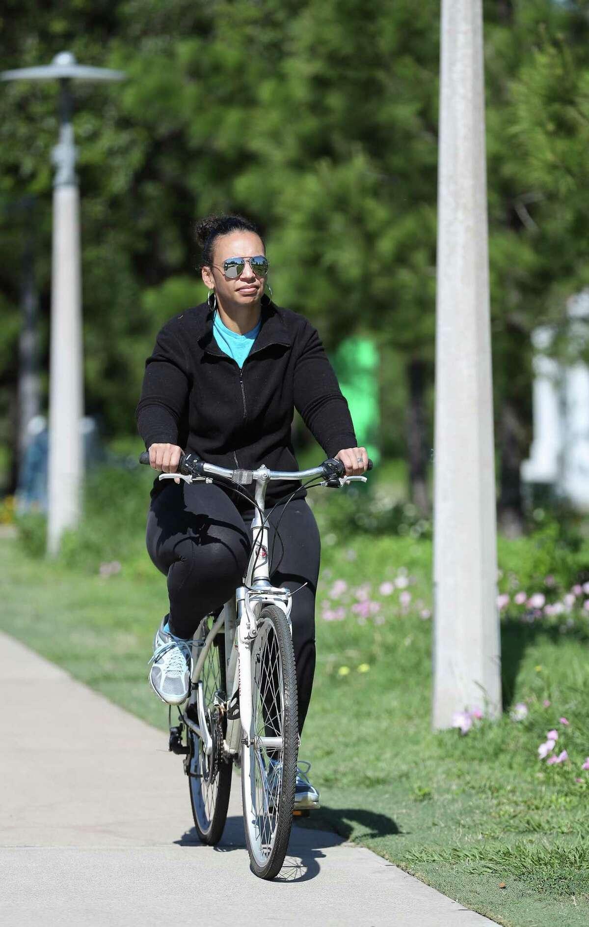 Lauren Luna rides daily.