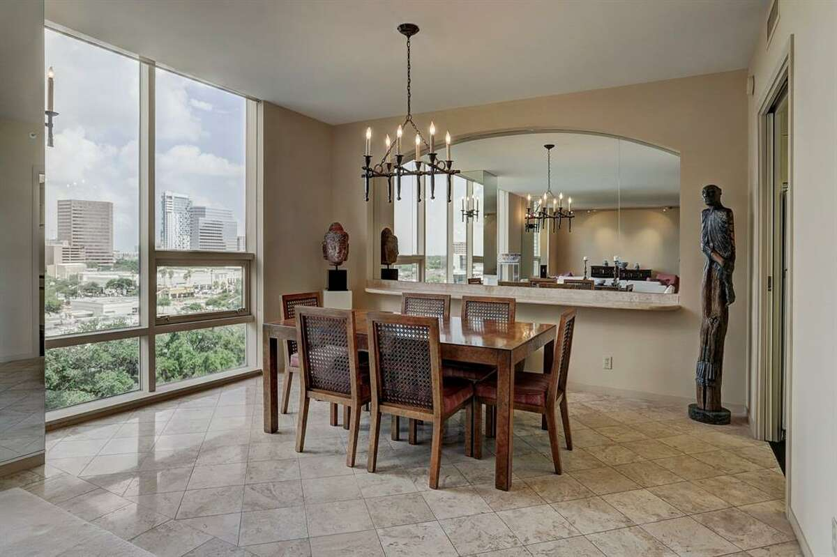 10.5100 San Felipe Street 81-82, HoustonSold Price Range: $552,000-$627,0002,690 square feetFour Leaf Towers building amenities: Resort style pool, tennis courts, gym with dry sauna and hot tub, concierge and valet service.