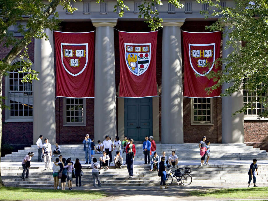 A survivor of the shooting at a Parkland, Fla., school says Harvard University has rescinded an admission offer after the emergence of offensive comments he made when he was 16. Photo: Bloomberg Photo By Michael Fein / Bloomberg