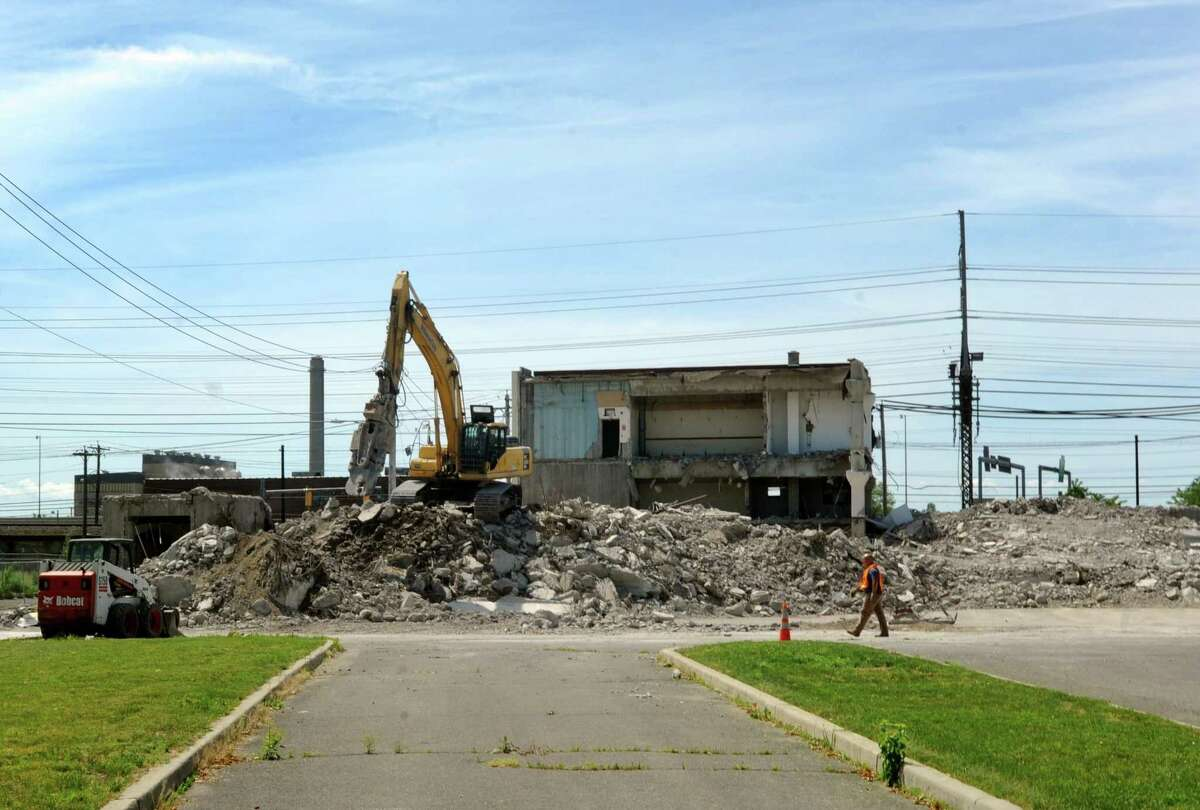 The Hubbell building at 1613 State Street in Bridgeport, Conn. being demolished on Wednesday, June 5, 2013.