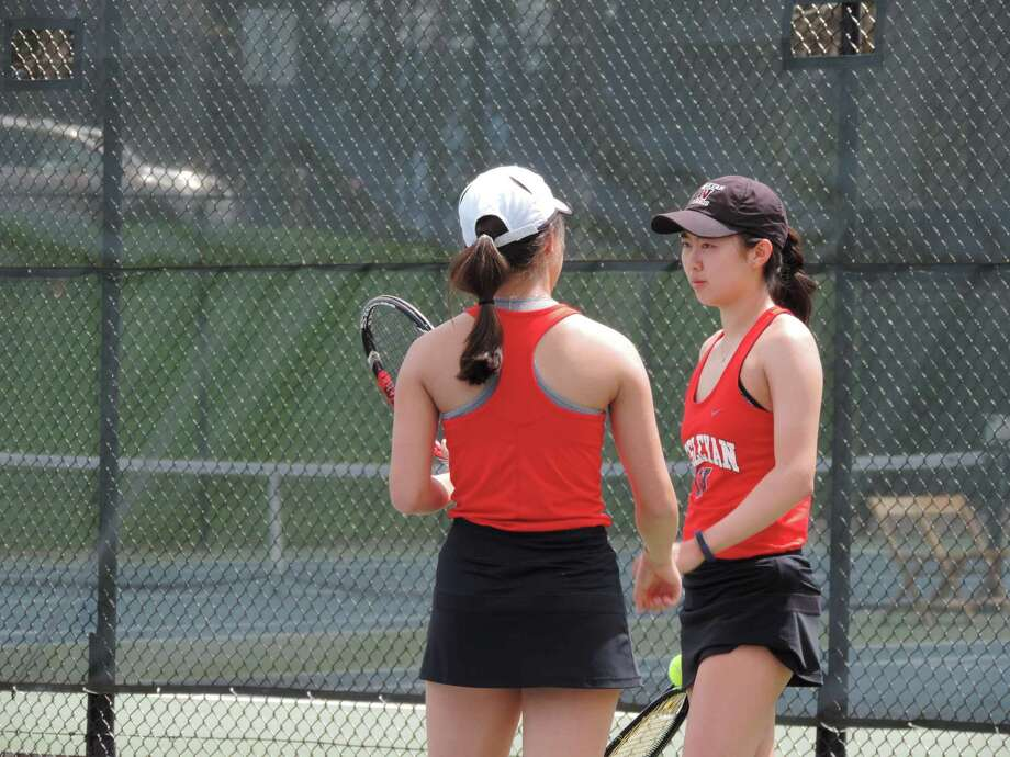 Wesleyan tennis players Victoria and Kristina Yu. Photo: Wesleyan University Athletics