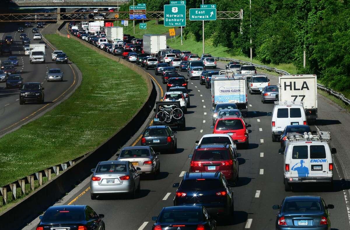 Traffic builds on Interstate 95 southbound in Norwalk.